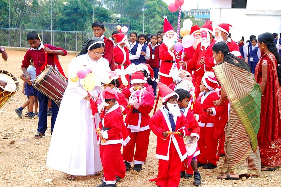 X mas celebration Mariagiri English Medium School at ...